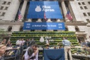 Blue Apron meal kit delivery service IPO debuts on the NYSE