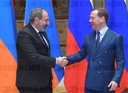 Prime Minister Dmitry Medvedev meets with Armenian Prime Minister Nikol Pashinyan