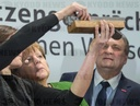 Top-level discussion between German industry and Merkel