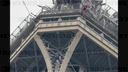 「AFP」Eiffel Tower evacuated after climber spotted on monument