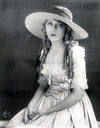 MARY PICKFORD *** Local Caption *** PHOTOGRAPH BY EVANS OF L.A.