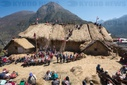 Folk festival in Peru: Jesuit church gets a new thatched roof