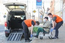Corona - Taxi transports patients