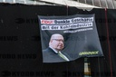 Greenpeace activists cover up CDU federal office