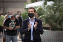Pablo Casado visits a block of squatted flats in Badalona (Barcelona)