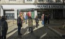 Shoppers in Swansea ahed of Wales firebreak lockdown