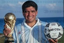 firo: Archive photo: 27.12.1994 Maradona with WM Cup and Garcis Ball, advertising photo, trophies